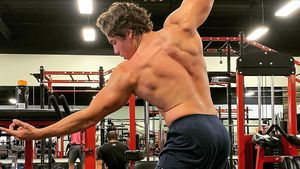 Wie der Papa: Arnold Schwarzeneggers Sohn zeigt Mega-Muskeln