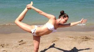 Kate Hall: Auch ihr Töchterchen ist schon Yoga-Fan