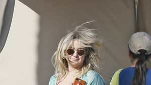 Kate Hudson am Strand in Hawaii