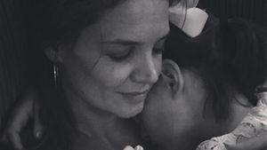 Katie Holmes: Seltenes Kuschel-Pic mit Tochter Suri!