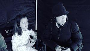 Suri Cruise am Set: Eifert sie jetzt Mama Katie Holmes nach?
