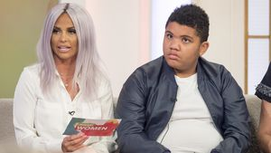 "Katie und Harvey Price in der ""Loose Women""-Show in London"