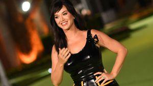 Top oder Flop? Katy Perry taucht im Latex-Look bei Gala auf