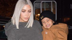 Kim Kardashian & Baby on Tour: Saint West im Strahle-Modus!