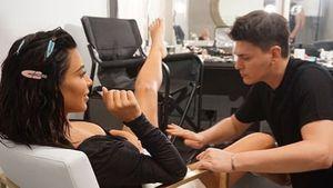 Schlüpfrige Aufnahmen: Intim-Make-up für Kim Kardashian!