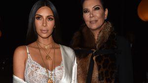 Kim Kardashian und Kris Jenner bei der Givenchy-Show in Paris 2016