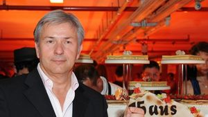 The RIO Girls feiern mit Wowereit in Tiefgarage