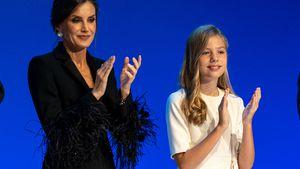 Mode-Ikone Königin Letizia begeistert mit Feder-Ärmeln!