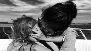 Kourtney Kardashian: Zuckersüßes Kuschel-Pic mit Penelope