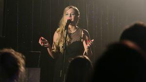 LaFee singt bei AWZ: Grandios oder grauenhaft?