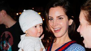 Haben wir was verpasst? Lana Del Rey mit Baby in New York!