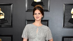Aus dem Shoppingcenter: Hype um Lana Del Reys Grammy-Kleid