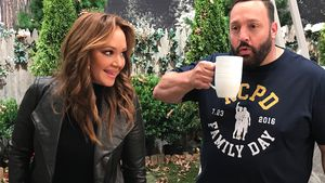 KoQ-Reunion: 1. Set-Fotos von Leah Remini & Kevin James
