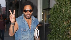 Jeans-Hottie! Lenny Kravitz im coolen Komplett-Look