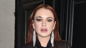 Durchsichtige Bluse: Lindsay Lohan betört mit Look in Paris