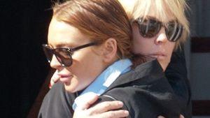 Bei Anruf Prost: Lindsay Lohans Mutter am Telefon!