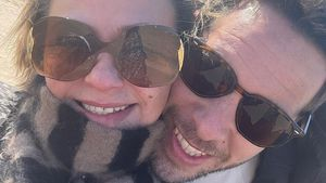 Nach Scheidung: Lisa Armstrong teilt Kuschel-Pic mit Neuem