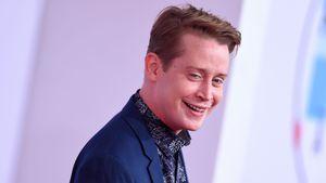 Seltener Auftritt: Macaulay Culkin happy auf dem AMA-Carpet!