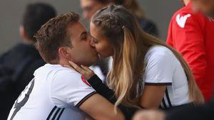 Mario Götze und Ann-Kathrin Brömmel bei der Europameisterschaft in Frankreich