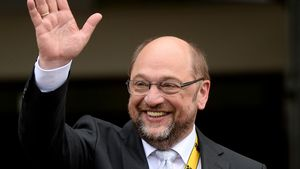 Kanzlerkandidat Martin Schulz: Schul-Abbruch & Sprach-Genie!