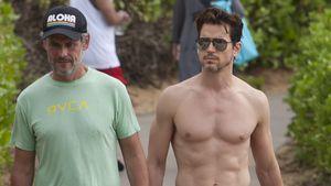 Heißes Muskelspiel: Matt Bomer am Strand mit seinem Ehemann