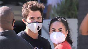 Nach Verlobungsnews: Demi Lovato megahappy mit Max unterwegs