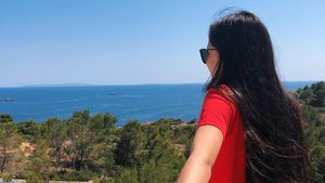 Seltenes Pärchen-Foto: Melina Sophie mit Freundin auf Ibiza