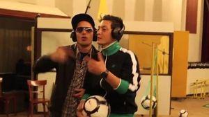 Video! Hier rappt Nationalkicker Mesut Özil