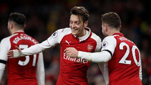Party bei Arsenal-Stars: Feierten Özil & Co. mit Lachgas?