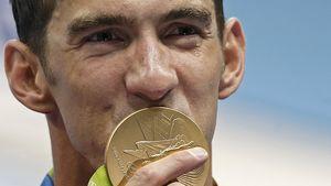 Emotionaler Held: Michael Phelps weint bei 21. Goldmedaille
