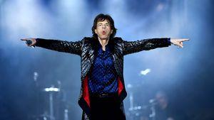 Fast gestürzt! Mick Jagger torkelt nach Promi-Xmas-Party