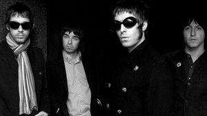 Ex-Manager prophezeit Oasis-Reunion zum Jubiläum