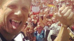 Oliver Pocher zeigt: So heftig feierte er die WM!