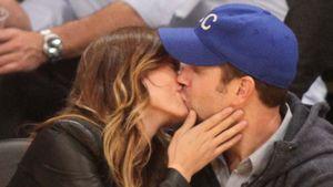 So verliebt! Jason küsst schwangere Olivia Wilde