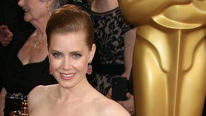 Handy-Alarm! Oscars zu langweilig für Amy Adams?
