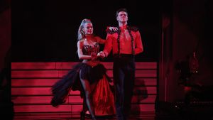 """Einfach hot"": ""Let's Dance""-Simon sorgt für Schnappatmung"
