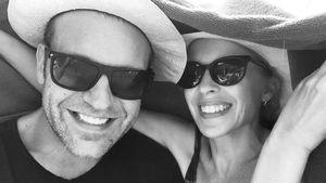 Kylie Minogue ganz verschmust mit ihrem Freund Paul Solomons