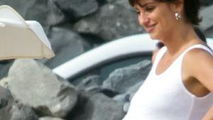 Kugelrund: Penelope Cruz zeigt sich mit Mega-Bauch