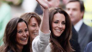 Pippa und Kate Middleton in London, April 2011