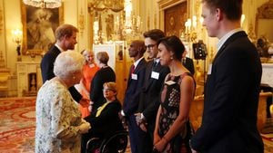 Prinz Harry, Queen Elizabeth II., Tanni Grey-Thompson, Mo Farah, Liam Payne, Anita Rani & Caspar Lee