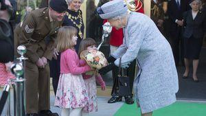 Queen Elizabeth II. bei der Wiedereröffnung vom National Army Museum in London
