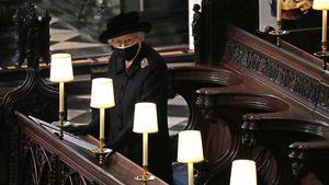 Queen saß allein: So ergreifend war Prinz Philips Beisetzung
