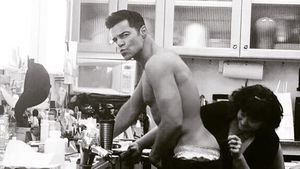 Nackter Po-Auftritt? Ricky Martin lässt Hintern schminken!