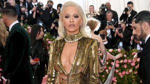 Für mehr Drinks? Rita Ora flirtete auf Met Gala mit Kellnern
