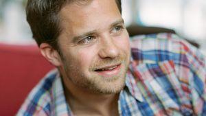 Ex-GZSZ-Roman Roth: Verliebt in eine Kollegin