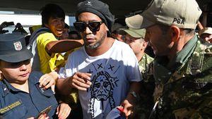 Ex-Fußball-Star Ronaldinho mit gefälschtem Pass erwischt!