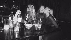 Sarah Connor (2. v. l.) und ihre Schwestern