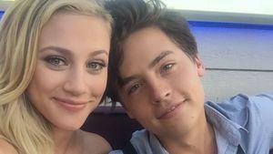 """""""Riverdale""""-Stars sind so verliebt: Lili & Cole küssen sich!"""