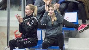 Schwangere Estavana Polman im Publikum beim Spiel ihrer Mannschaft Team Esbjerg gegen Nykobing