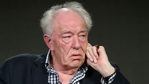 """Harry Potter""-Star Sir Michael Gambon steht vor Gericht"